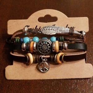 🆕️UNISEX leather peace bracelet